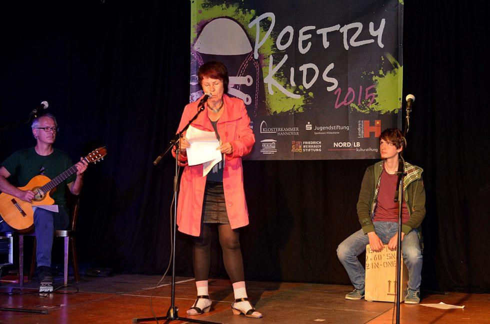 10_PoetryKids2015_Show